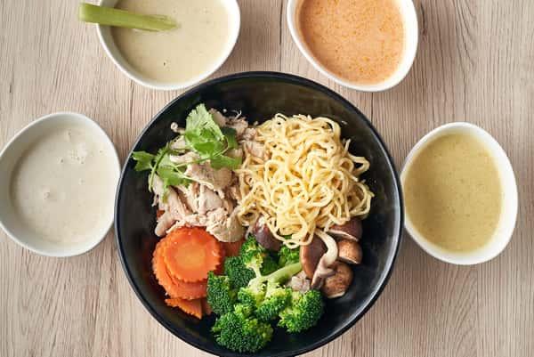 FRESH & NATURAL THAI_#11 Create your own bowl_5692