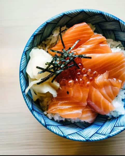 salmon ikira don
