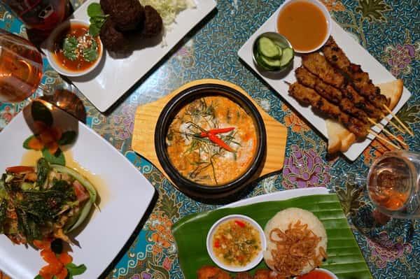 Pad Thai, sour sausages, and boat noodle soup