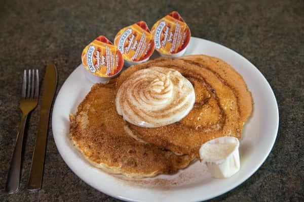 """""""Jon Boy"""" Cinnamon Bun Pancakes"""