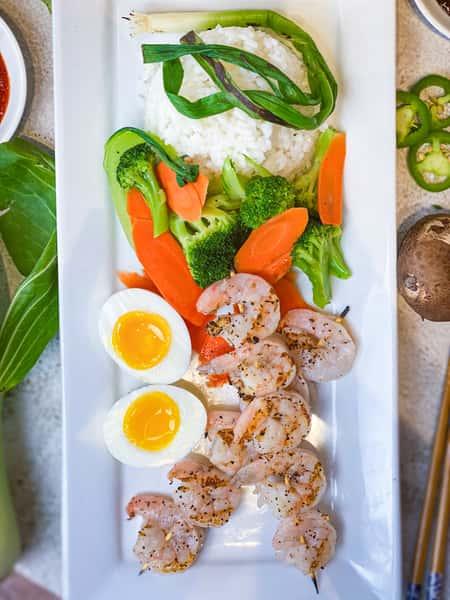 Shrimp rice plate