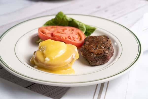 Filet & Egg Benedict