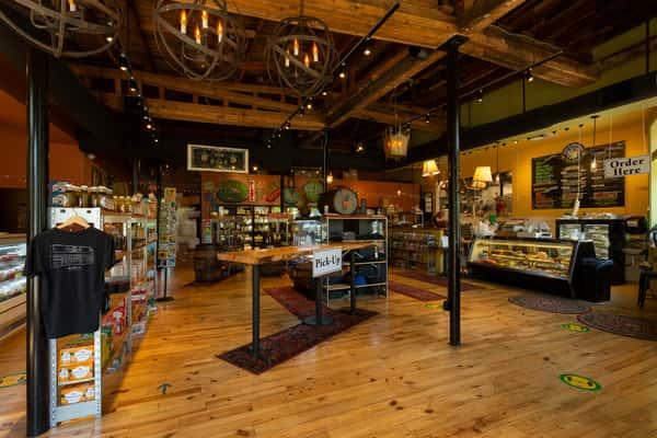 Pasta & Pro interior