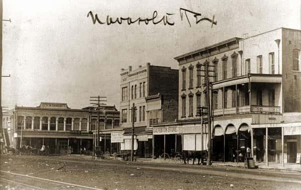 Navasota Historic Hotel