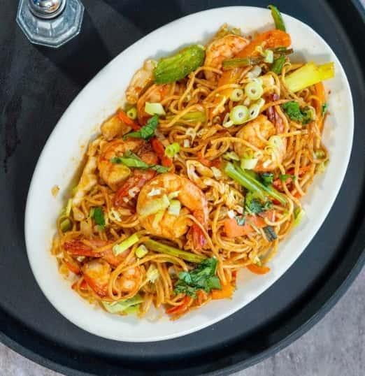 59. Shrimp Hakka Noodles