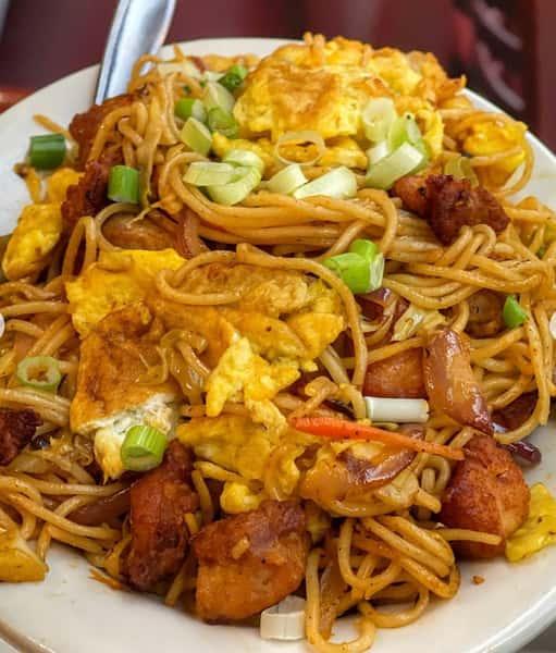 58. Chicken Hakka Noodles