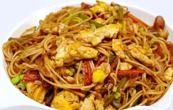 57. Egg Hakka Noodles
