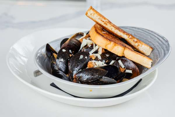 Mussels & Ale