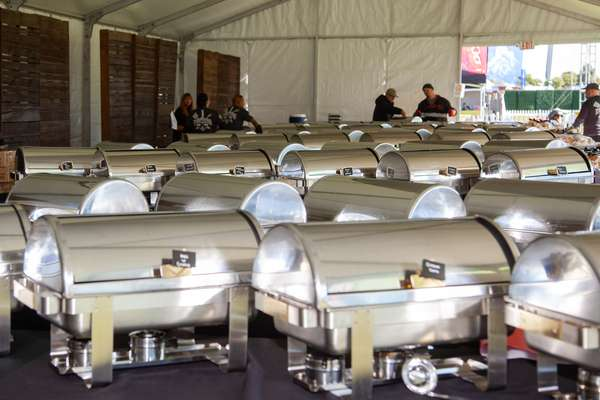 catering chafes