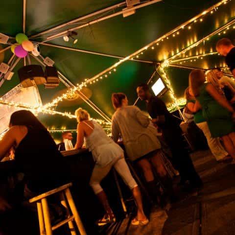 pub style bar