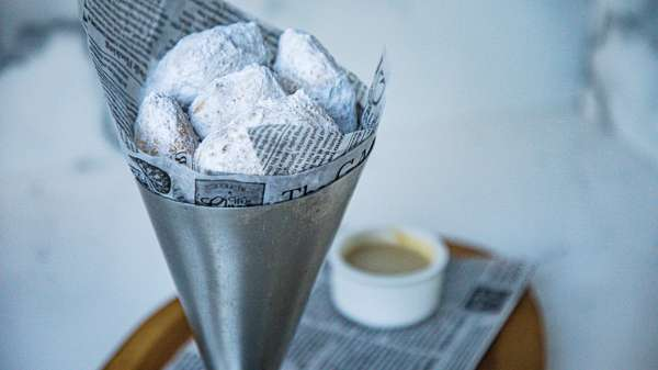 New Orleans Style Beignets °