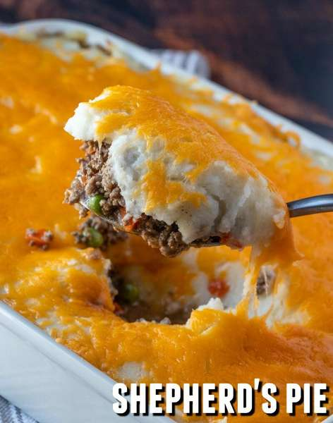 Family Size Shepherd's Pie w/ Steamed Broccoli and Carrots