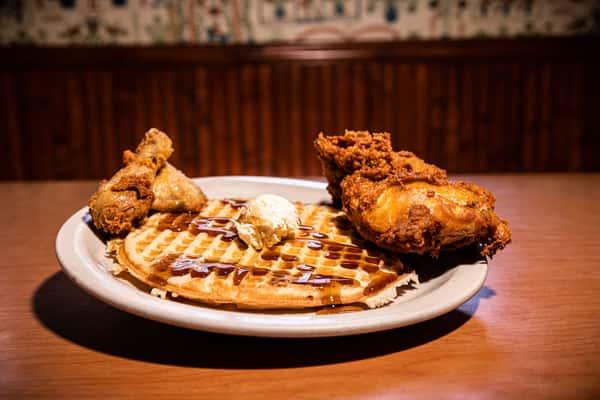 Fried Chicken & Waffle
