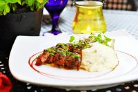 beef and mashed potatos