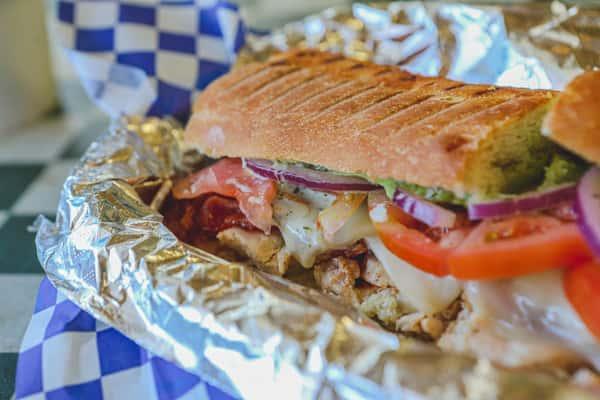 spicy rancho verde sandwich