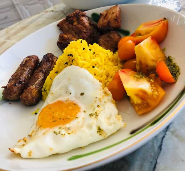"""""""Long-Silog"""" (Philippine Style Longanisa or Cajun Sausage/Garlic Rice/Egg) Bowl"""