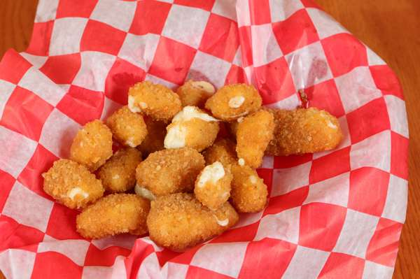 Cheese curds (3)