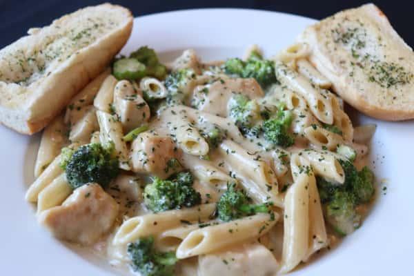Chicken Broccoli and Ziti