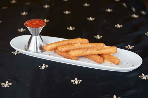 Mozzarella Sticks (6)