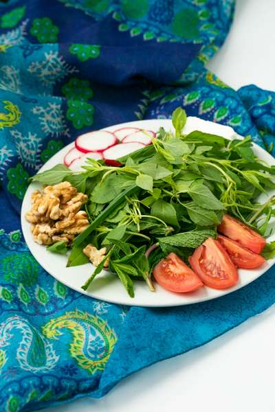 Panir Sabzi (fresh herbs)