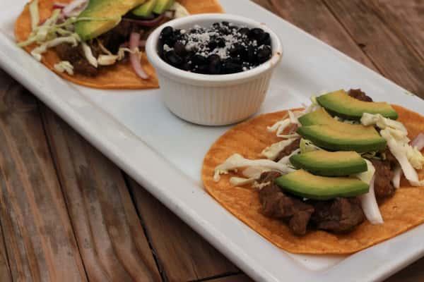 Bistec y Chile Verde Tacos