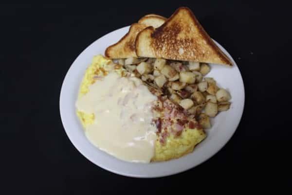 Mac Daddy Omelet