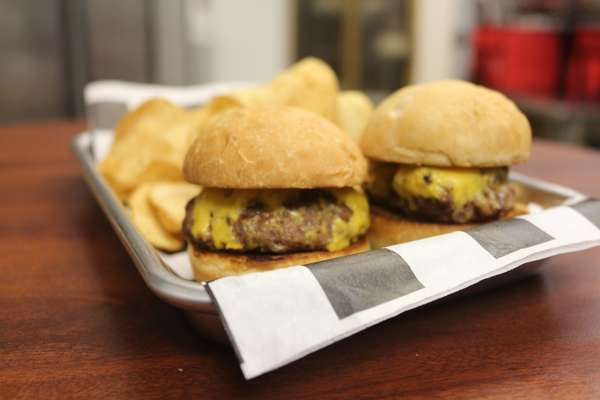 Mini Burgers with Side