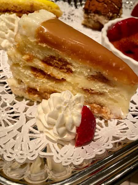 Salted Vanilla Caramel Bite Cake
