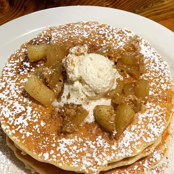 Cinnamon Oatmeal apple cakes