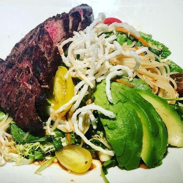 salad with steak and avocado