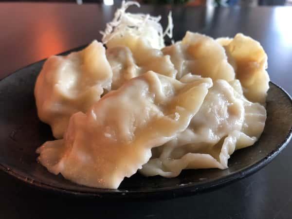 Housemade Pork Cabbage Dumpling (6 pcs)