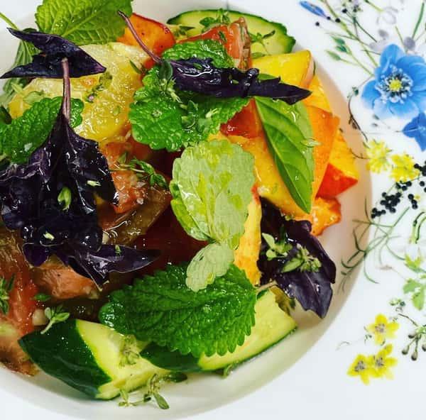 Heirloom Tomato & Peach Salad