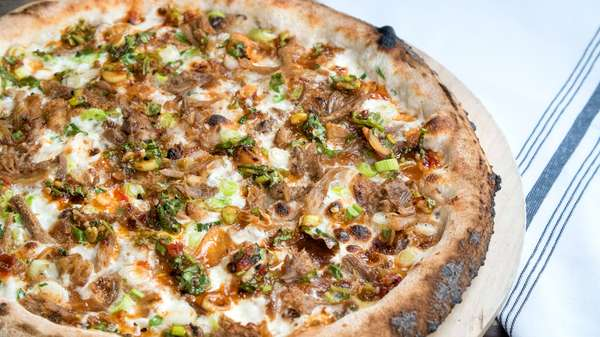 Crispy Duck Pizza