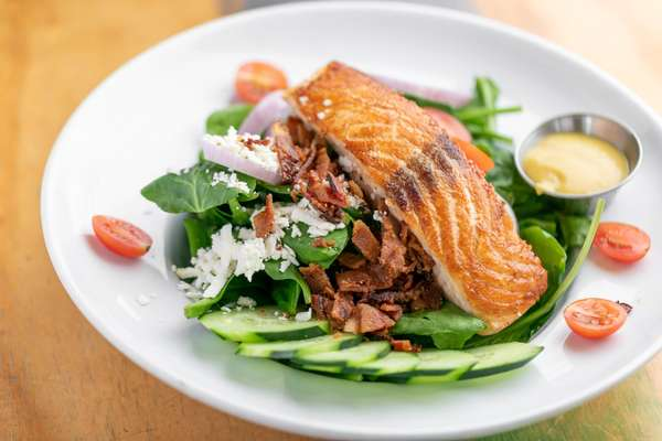 SPINACH SALMON SALAD