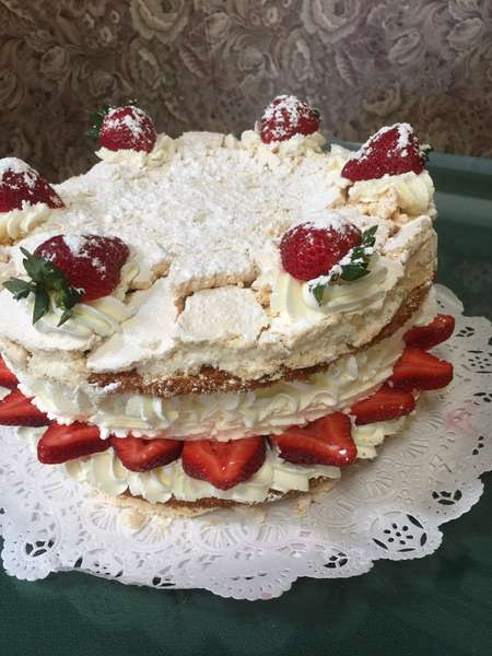 Viennese Meringue Torte