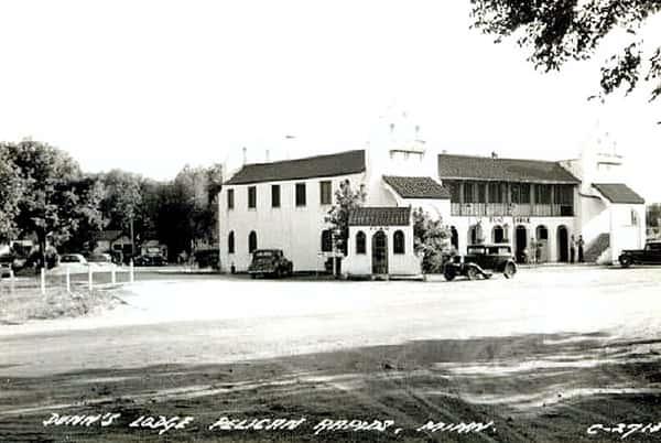 Dunn's Lodge