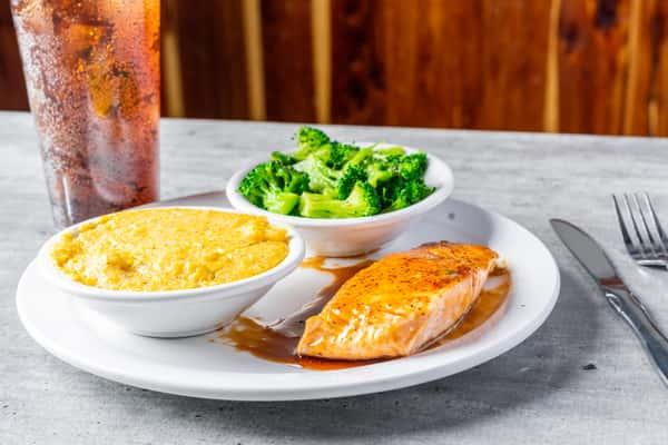 Salmon Filet Sauced (2)