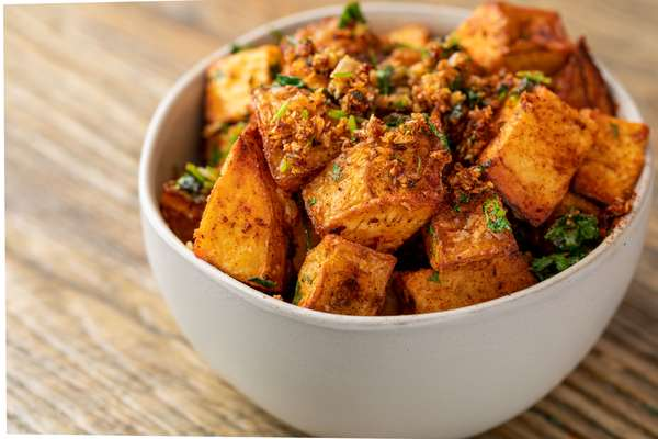 Spicy Garlic Potatoes