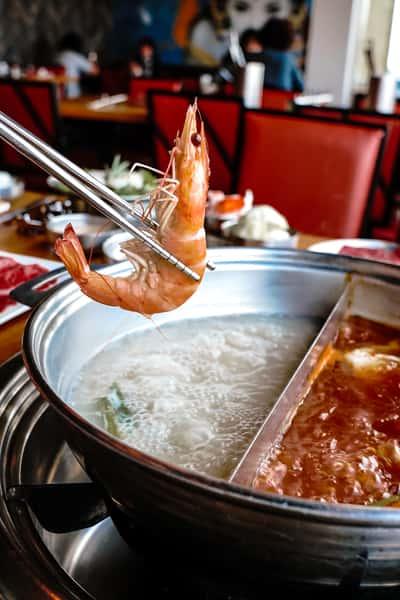 shrimp boiling