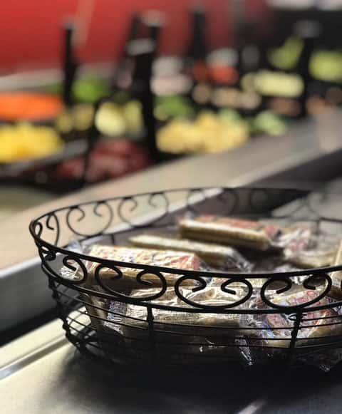 crackers salad buffet