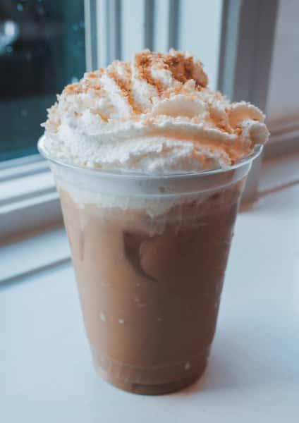 Iced Praline Crunch Latte
