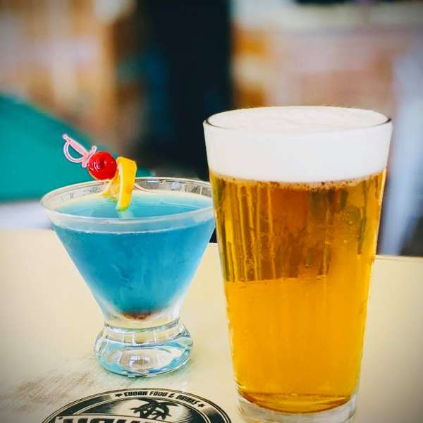 blue cocktail and beer