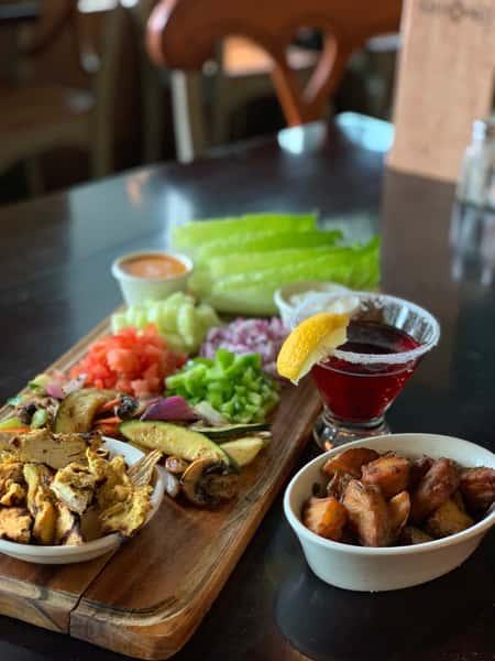 Grecian Lettuce Wraps