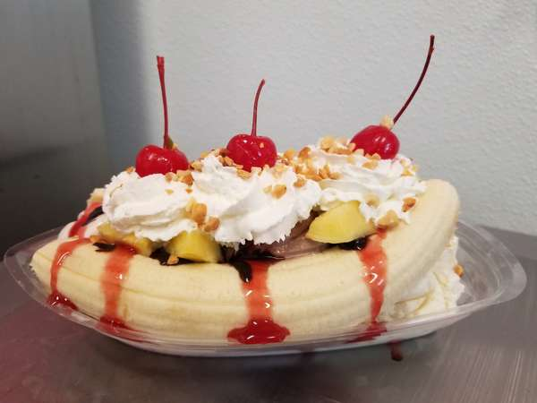 Classic Banana Split