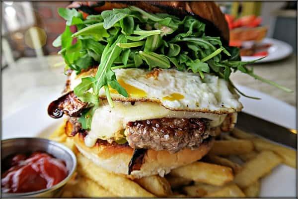 Cody's Burger
