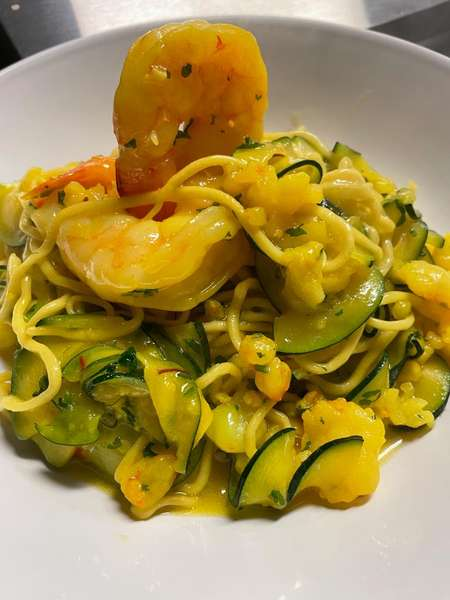 Taglierini con gamberi, zucchini e zafferano ( Mick Jagger's choice)