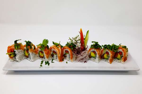 eight sushi pieces