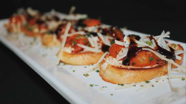 HH Roasted Tomato and Goat Cheese Bruschetta