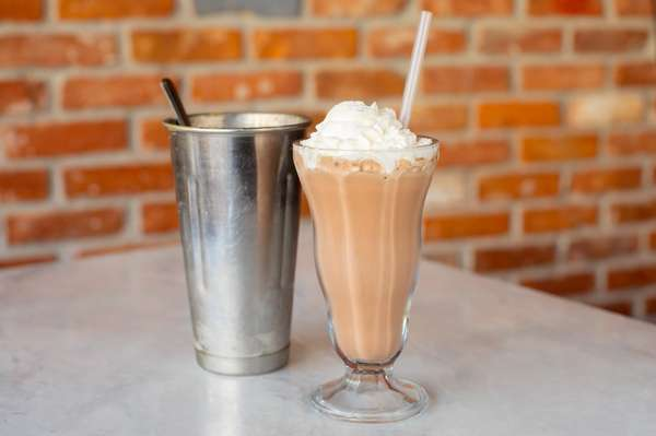 CLASSIC SHAKE OR MALTED