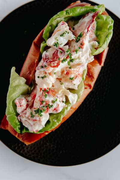 Traditional Lobster Roll